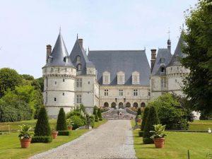 Chateau de Mesnière en Bray